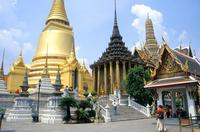 Храм изумрудного Будды в феврале особенно красив