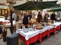 Новогодний базар в Бергамо