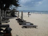 Живописный пляж