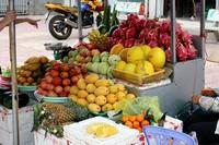 Продаются даже порезанные фрукты