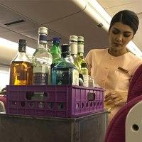 напитки на борту самолёта Тайских авиалиний
