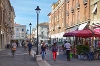 Римини: по дороге на рынок ранним утром