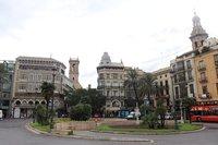 Октябрь на площади де-ла-Рейна, Валенсия