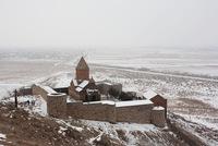 Крепость Хор Вирап в туманную погоду
