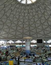 Ташкентский рынок Чорсу. Вид со 2-го этажа.