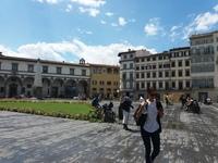Площадь итальянского города после дождя в августе