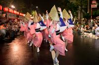 На фестивале Kagurazaka Matsuri в Токио