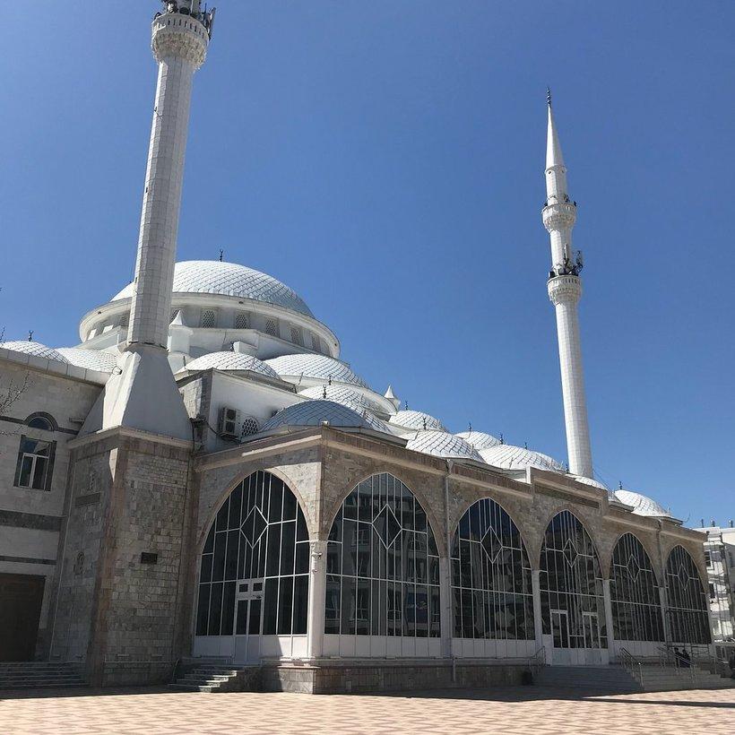 мечеть в каспийске картинка тенденциям украшении новогодних