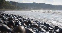 Море Абхазии в ноябре