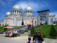 Ташкент: прогулка по городу в утреннее время