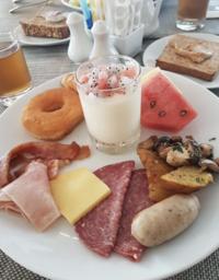 Завтрак в Novotel Phuket