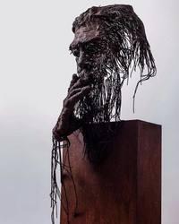 Скульптор делает потрясающие портреты исторических деятелей из металлических проводов