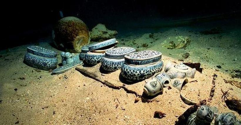 В затонувшем Гераклионе обнаружены бесчисленные сокровища и подводный храм
