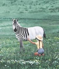 Фотохудожник объединяет диких животных и еду в своих незабываемых работах