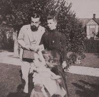 Монархи тоже люди: 15 редчайших снимков о том, как Николай II веселился с друзьями