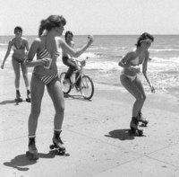 Винтажные фото о том, как студенты в Техасе отдыхали на весенних каникулах в 1980-х