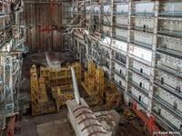 Блогер обнаружил в Казахстане заброшенное здание, где хранятся космические корабли