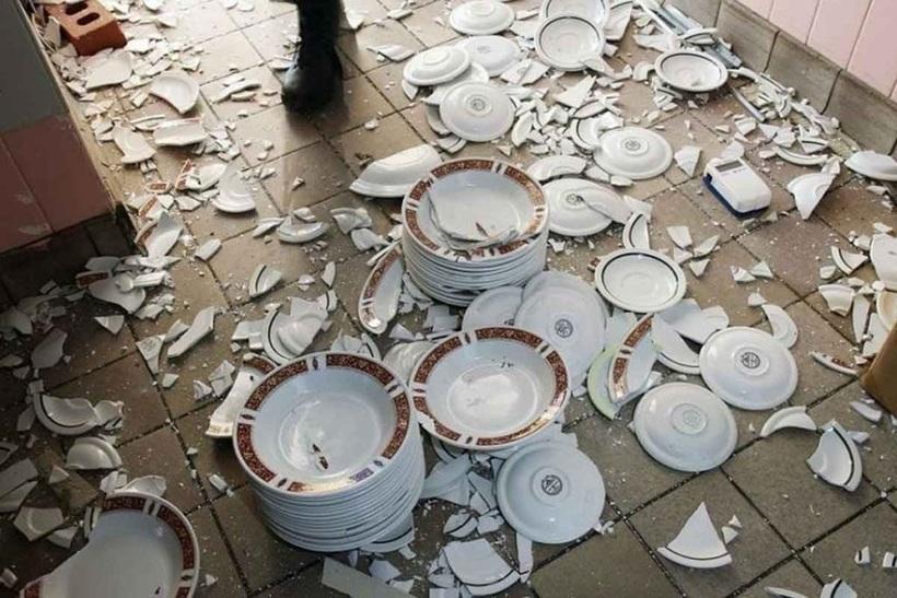может разбитая посуда фото воды