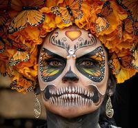 15 самых сногсшибательных костюмов с мексиканского Дня мертвых в этом году