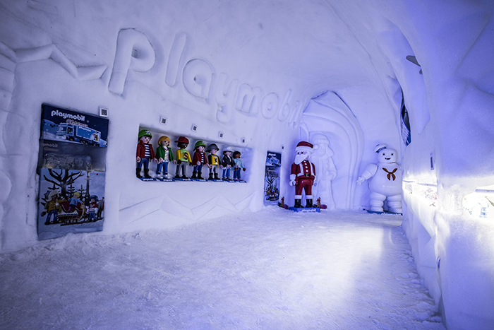 Снежный лабиринт в Польше выглядит как сказочное царство
