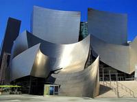 Ошибка архитекторов: почему фасад концертного зала в США пришлось переделывать