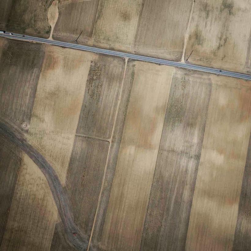 Фотограф запечатлевает великолепные узоры фермерских угодий с воздуха