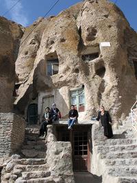 Иранская деревня Кандован: живописные дома в скалах, в которых люди живут уже 700 лет