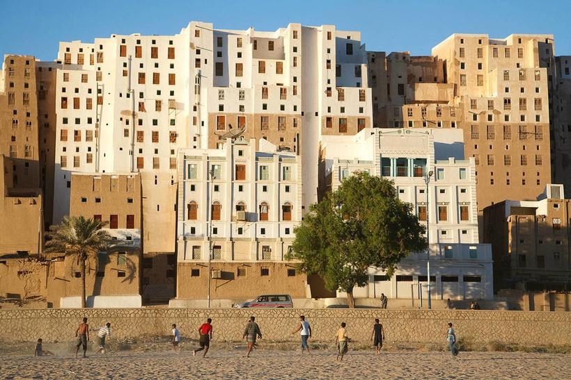 Шибам — реальный древний город глиняных небоскребов